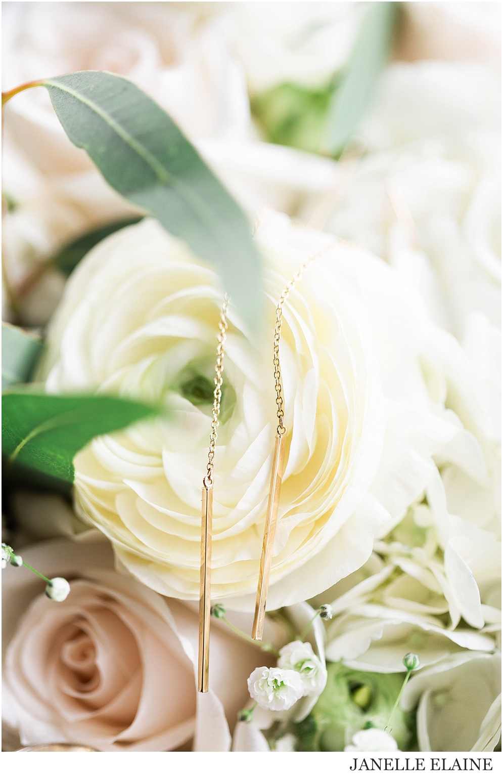 Tricia and Nathan Goddard Wedding-Getting Ready Photos-Janelle Elaine Photography-32.jpg