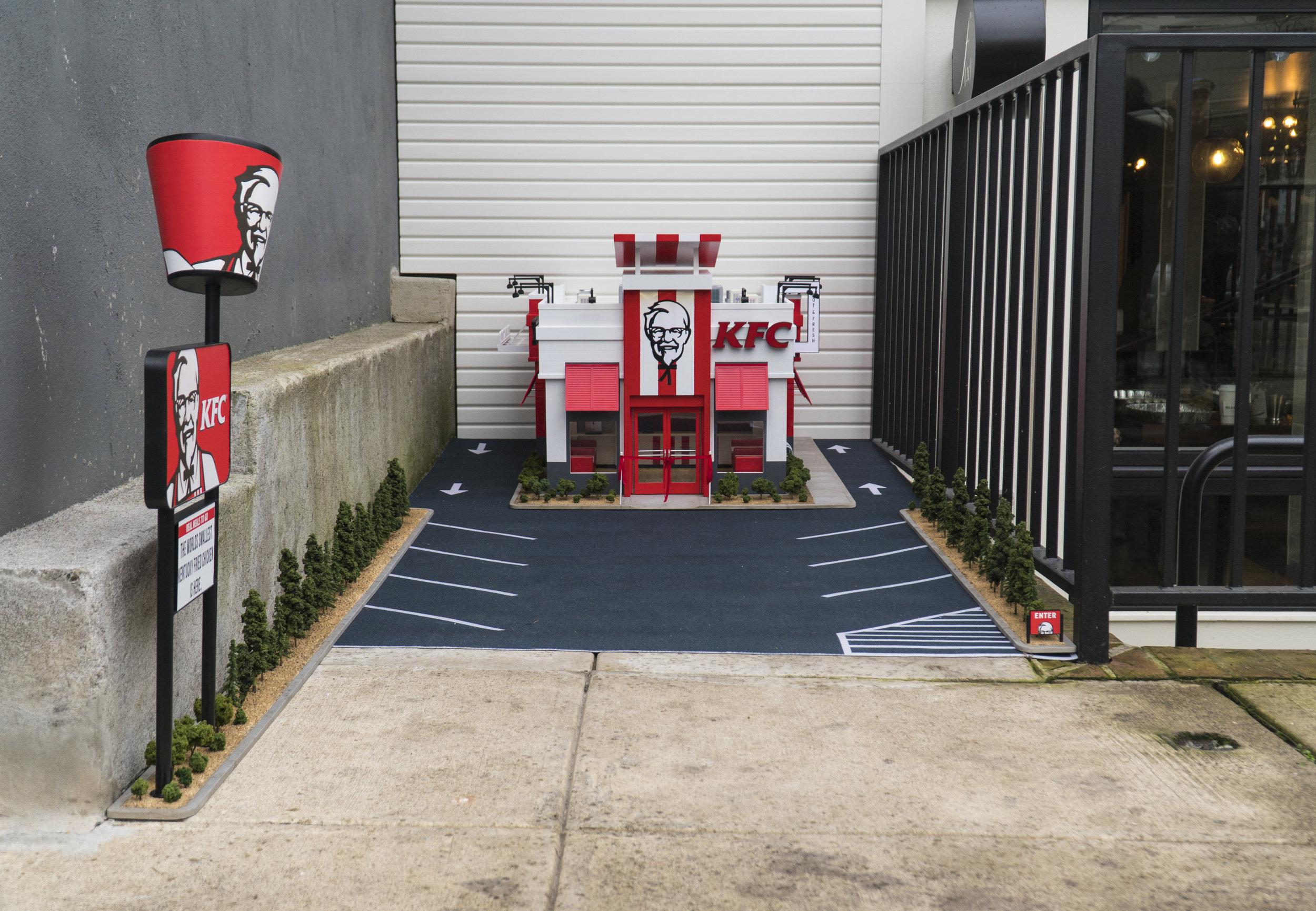 FullKFC_parkinglot.jpg