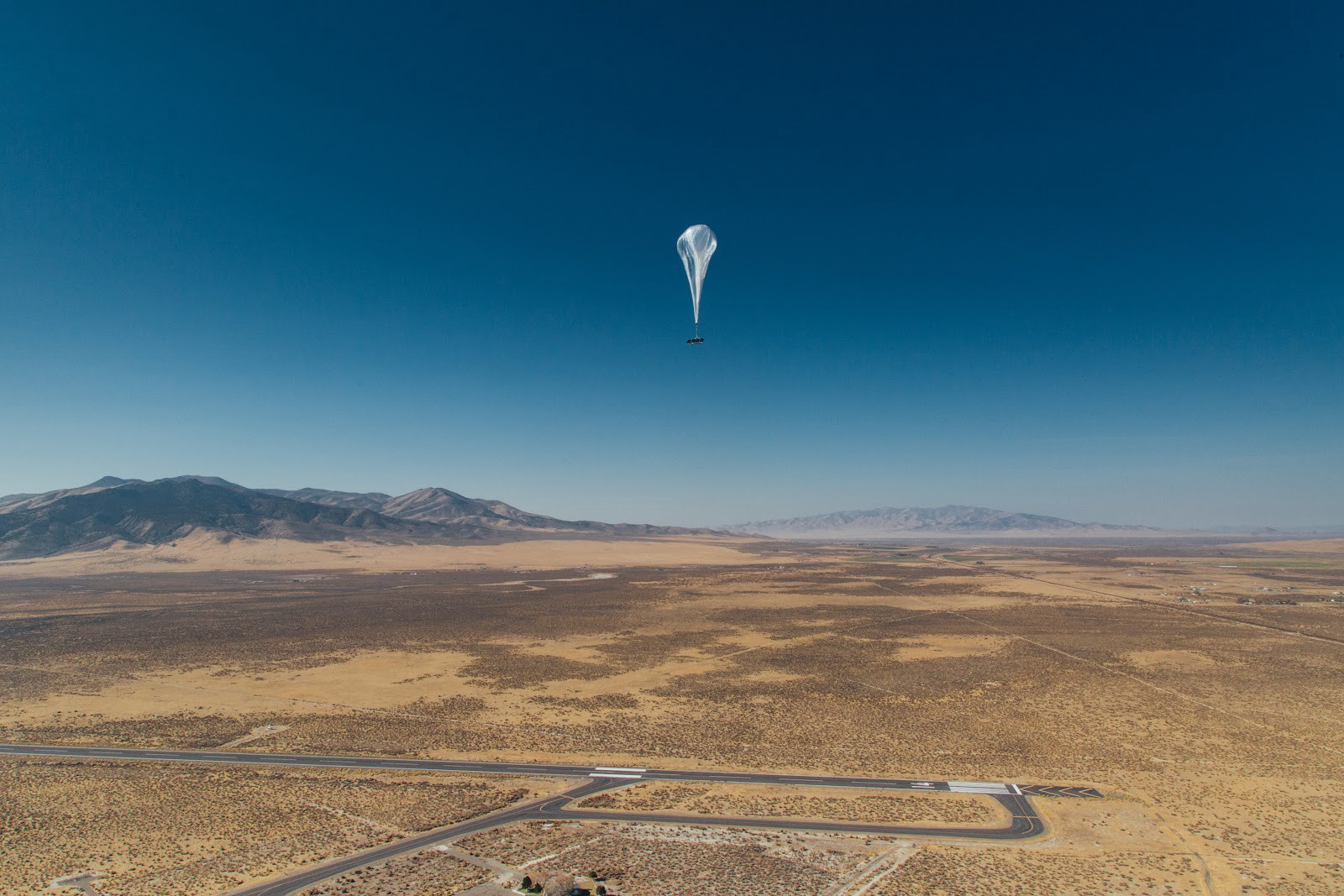 | Source: A Project Loom balloon on its way to Puerto Rico from the Nevada staging and launch area.