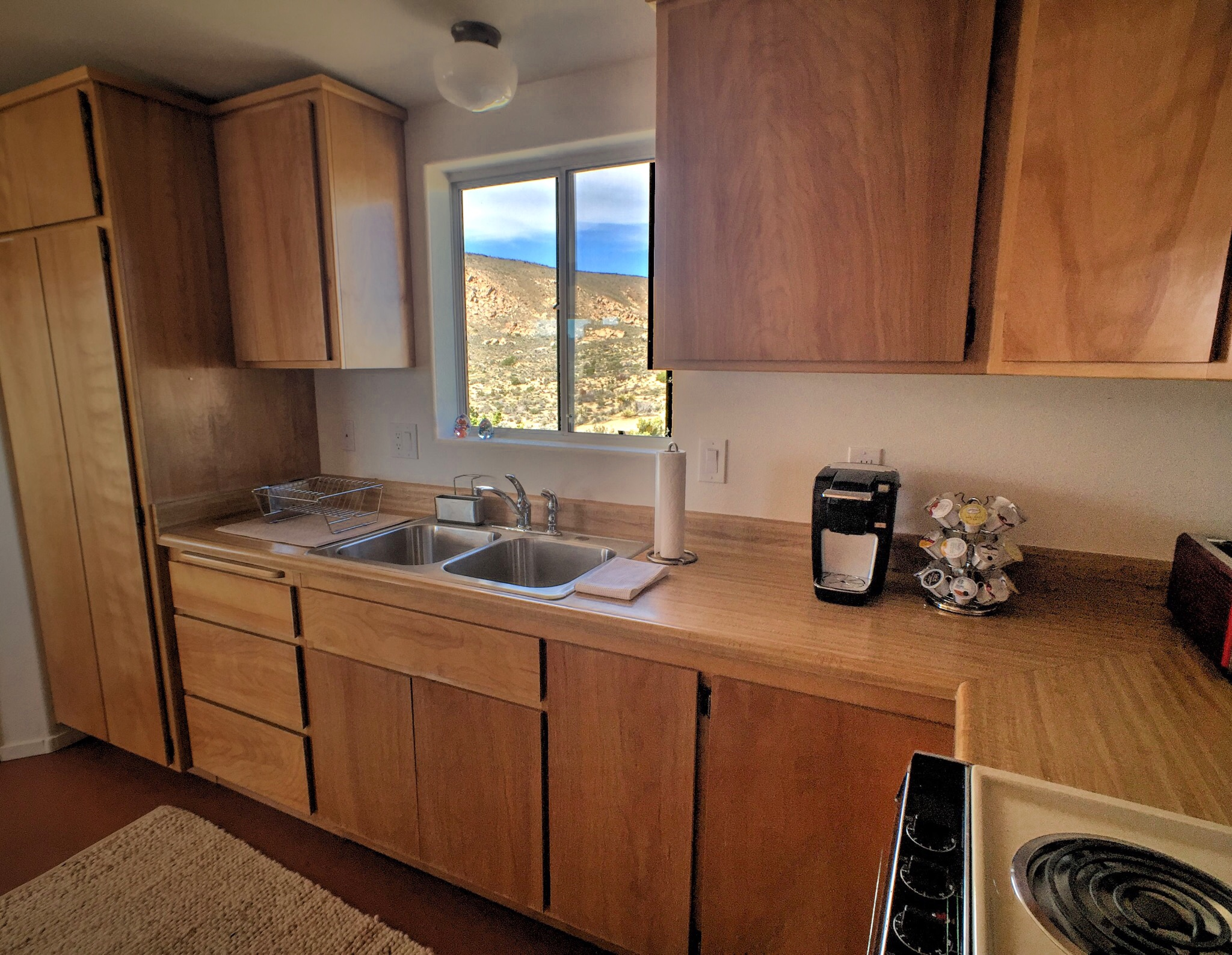 Los-Vientos-Hideaway-Kitchen Back.jpg