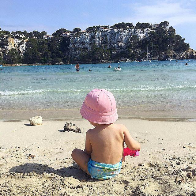 Obrigada Universo por teres trazido este Pinypon para a nossa família 💖 Todos os dias agradeço 💖 #mindfulness #mylittleinspirations #nourishyourbody #serenity #happymoments #peace #gratidão #hyggelife #nourishyoursoul #beach #zen #meditation #inspiration #gratefulheart #selfcare #detailsoftheday #sohappy #thingsilove #grateful #happy #inspire #sea #mãedfulness #loveyou #mybaby #baby #babygirl #selfcaresunday #bebe