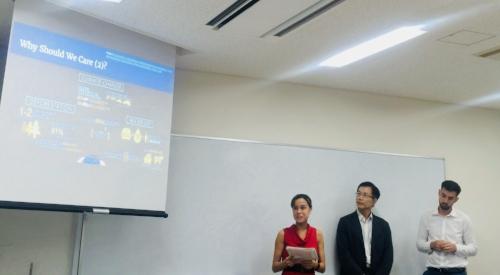 Julie Presenting 5.jpg
