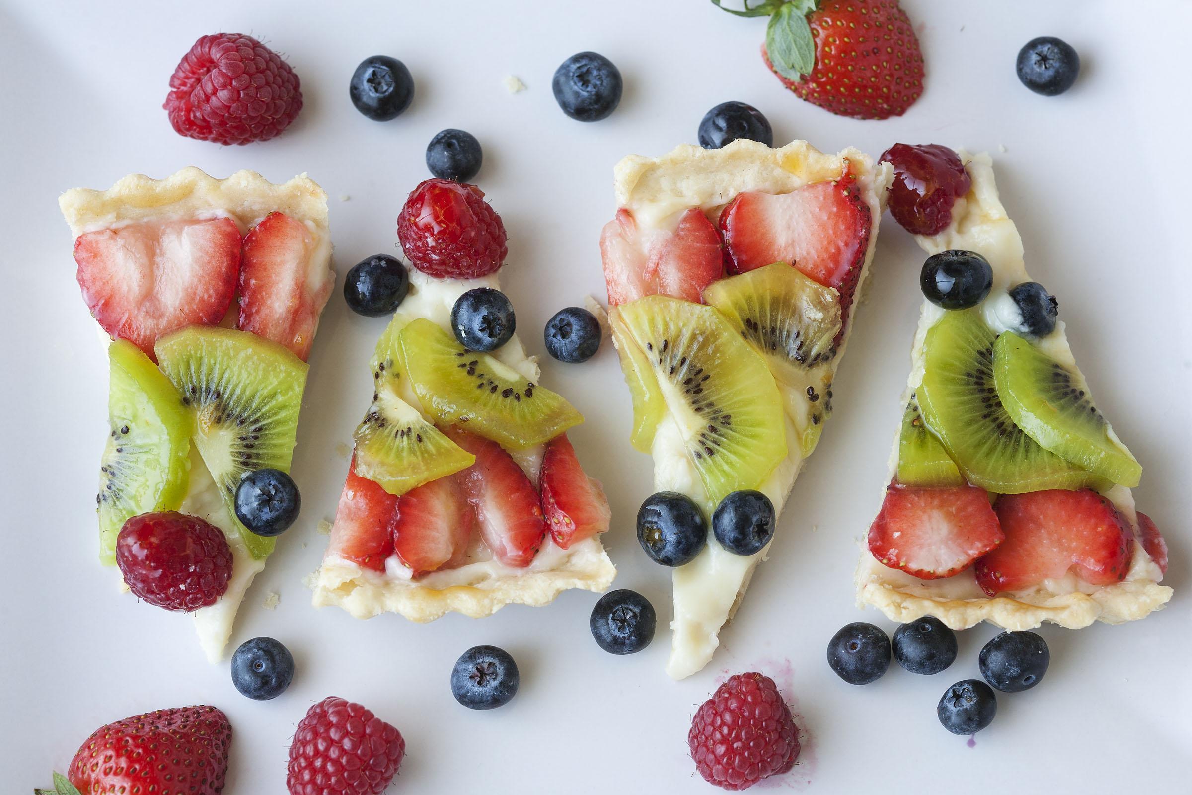 Emily's FruitCSlices_0102xF.jpg