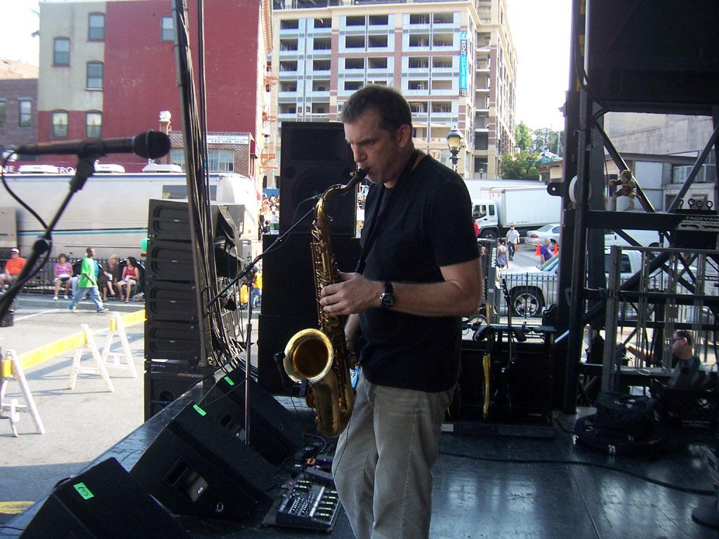 Yonkers Riverfest 2007 029.jpg
