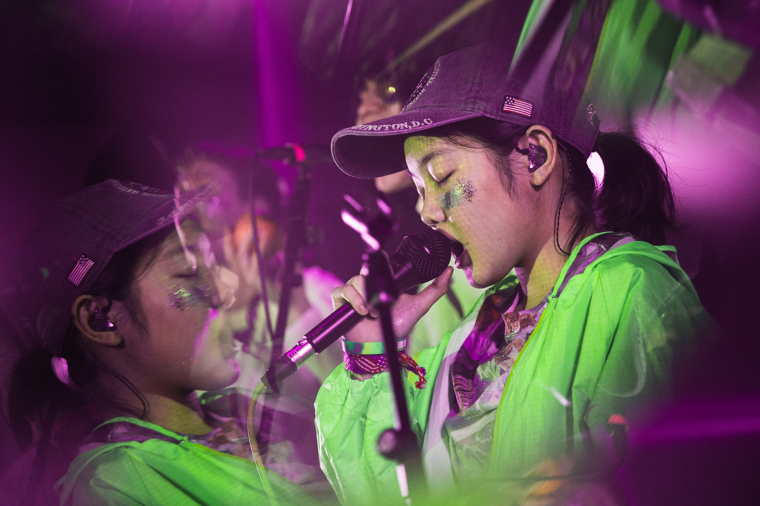 171217-kirby-gladstein-photography-Superorganism-concert-Moroccan-Lounge-Los-Angeles-8474.jpg