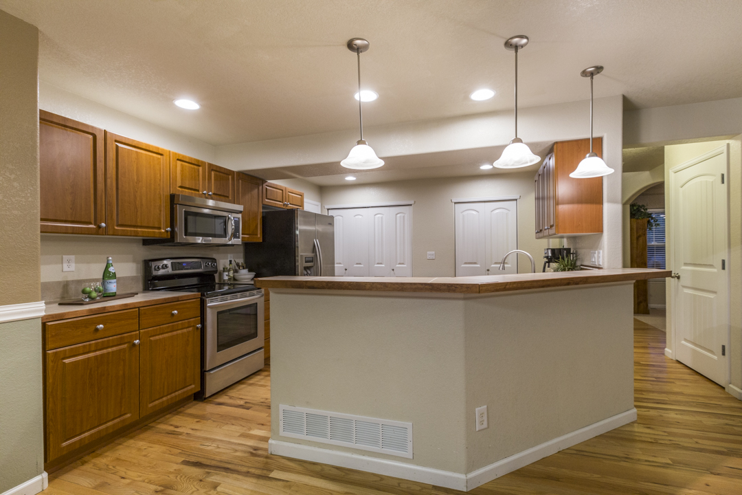3027-68thAve-SMALL-11.jpg