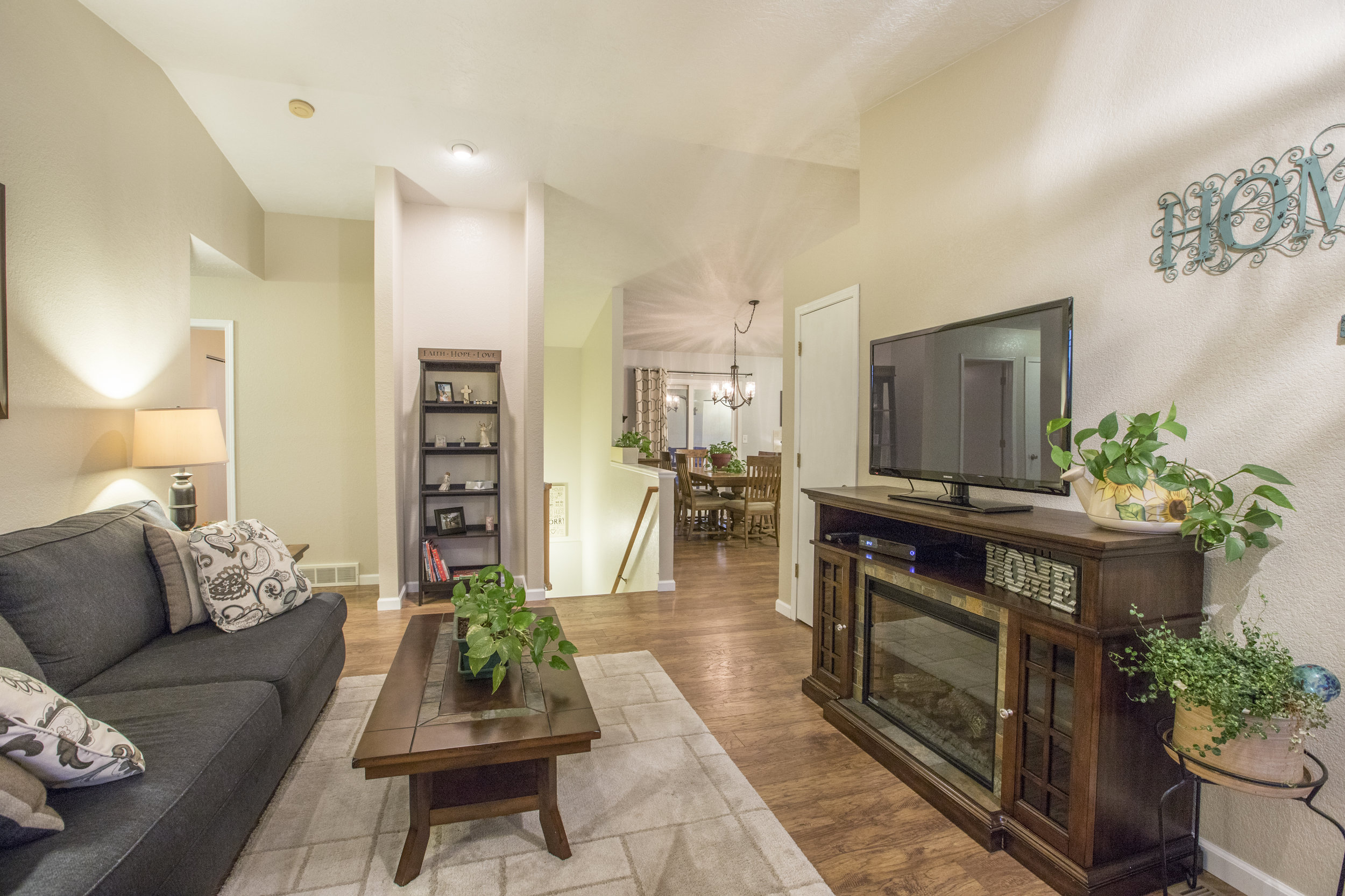 4946W2ndSt-LARGE-33.jpg