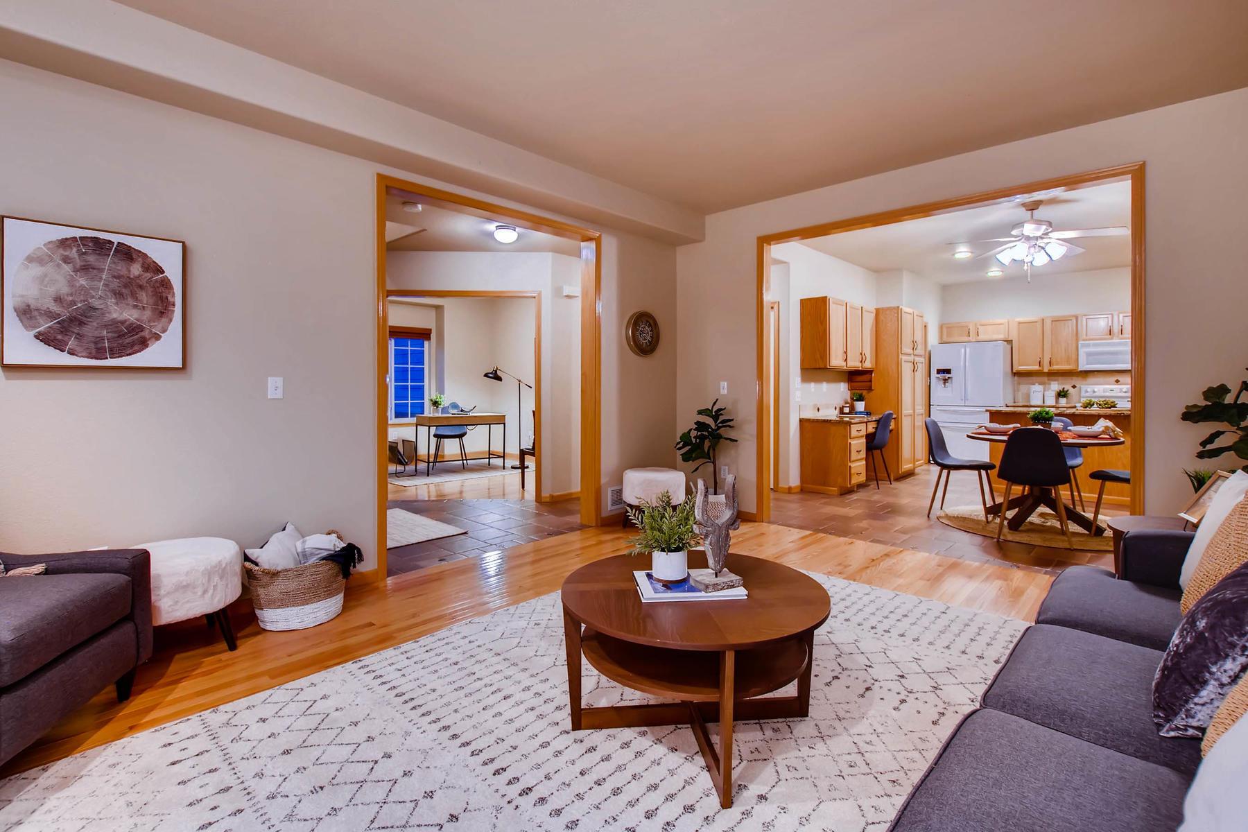 1694 Seven Lakes Dr Loveland-MLS_Size-006-5-Living Room-1800x1200-72dpi.jpg