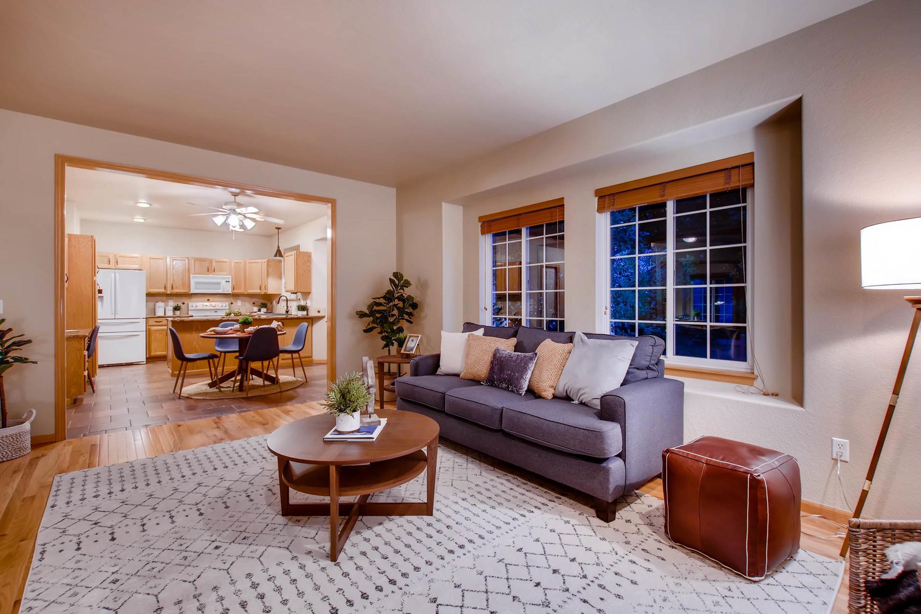 1694 Seven Lakes Dr Loveland-MLS_Size-007-7-Living Room-1800x1200-72dpi.jpg