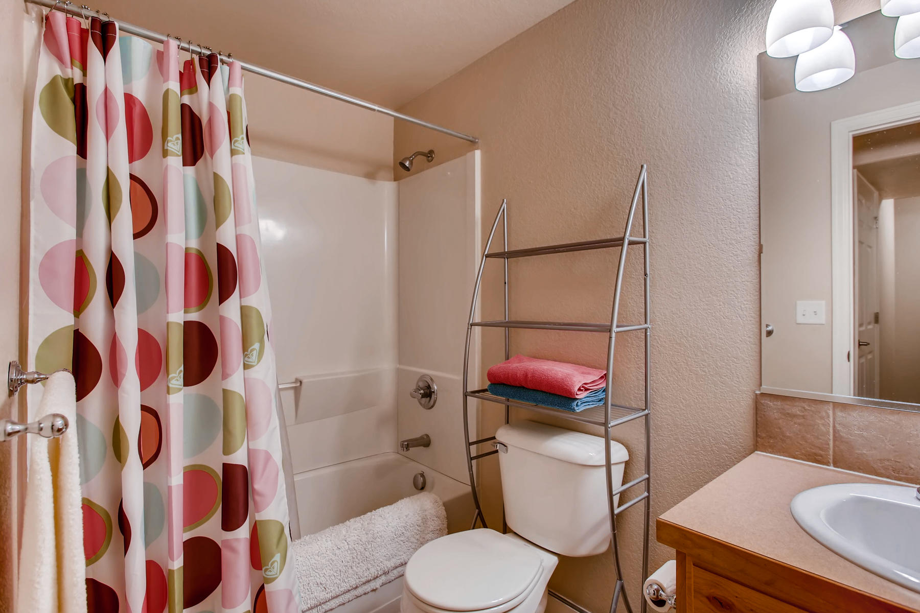 3119 57th Ave Greeley CO 80634-035-16-Lower Level Bathroom-MLS_Size.jpg