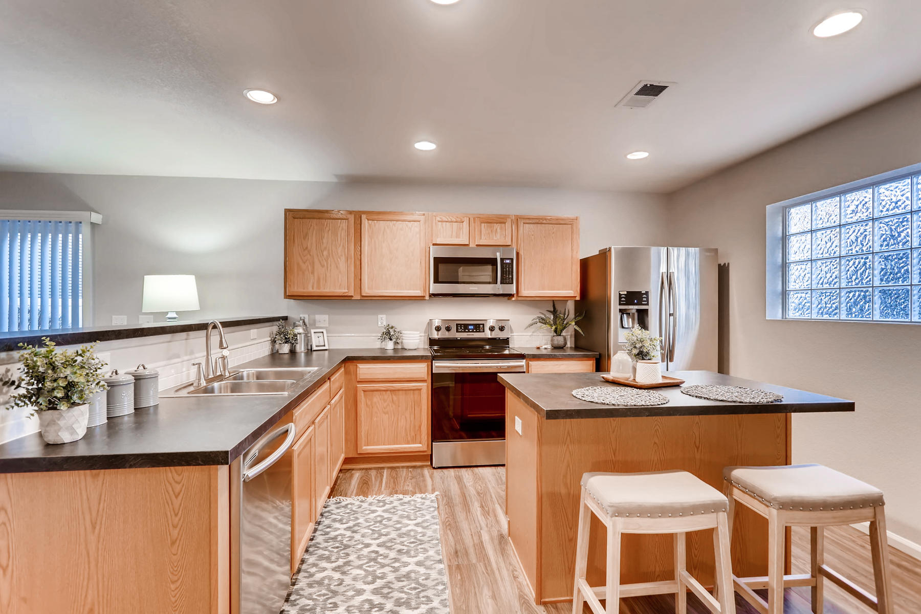 3925 Beechwood Ln Johnstown CO-015-13-Kitchen-MLS_Size.jpg