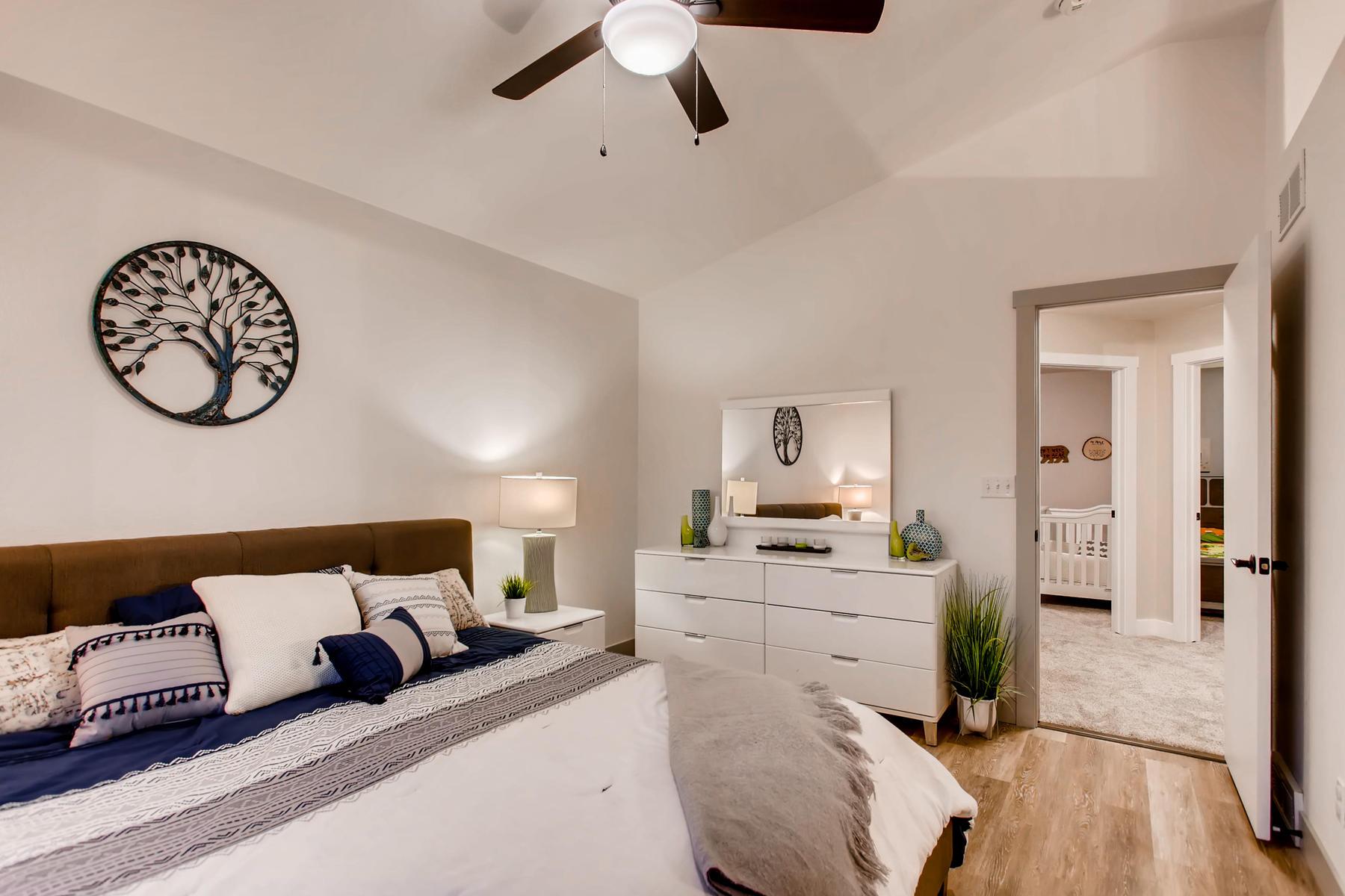 1737 Oxford Dr Loveland CO-017-17-2nd Floor Master Bedroom-MLS_Size.jpg