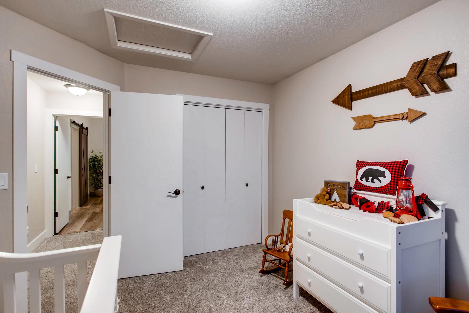 1737 Oxford Dr Loveland CO-024-23-2nd Floor Bedroom-MLS_Size.jpg