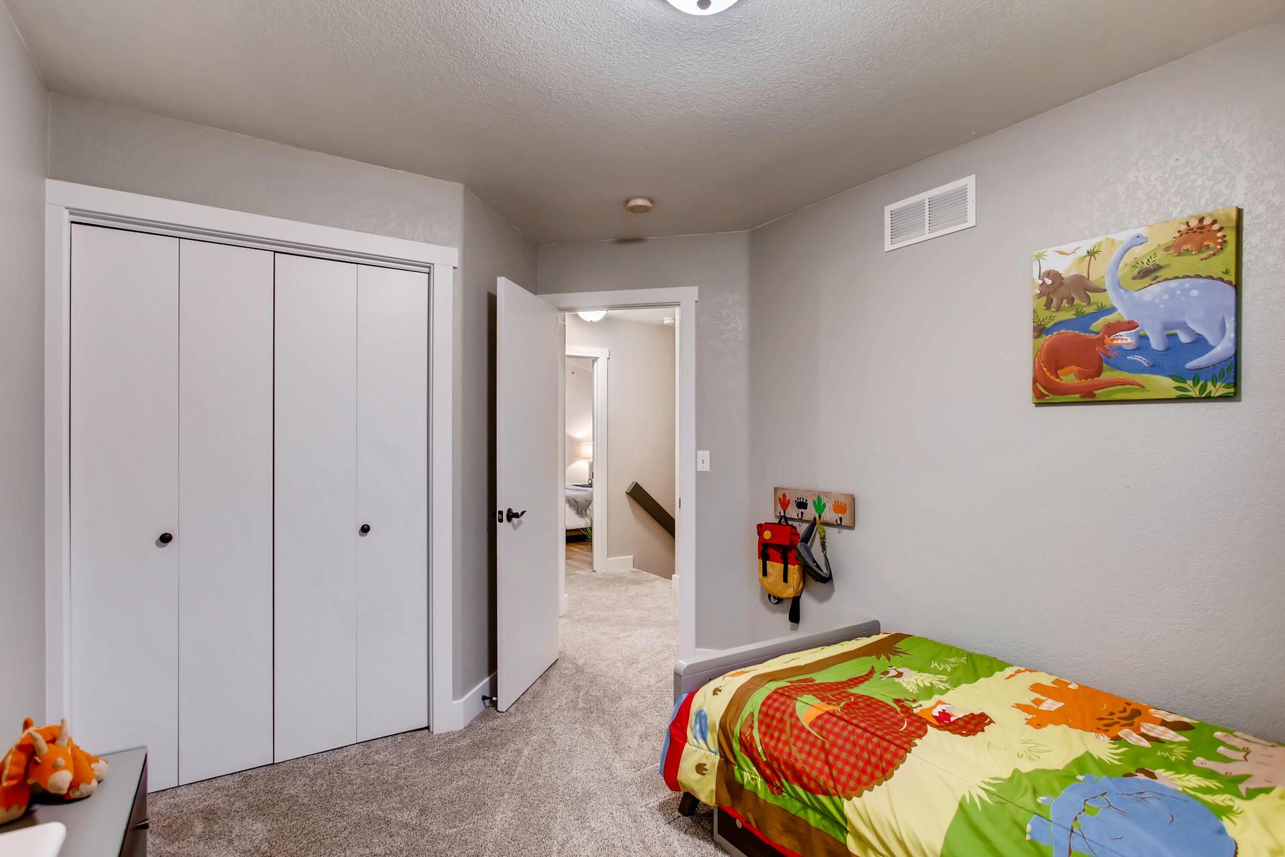 1737 Oxford Dr Loveland CO-025-26-2nd Floor Bedroom-MLS_Size.jpg