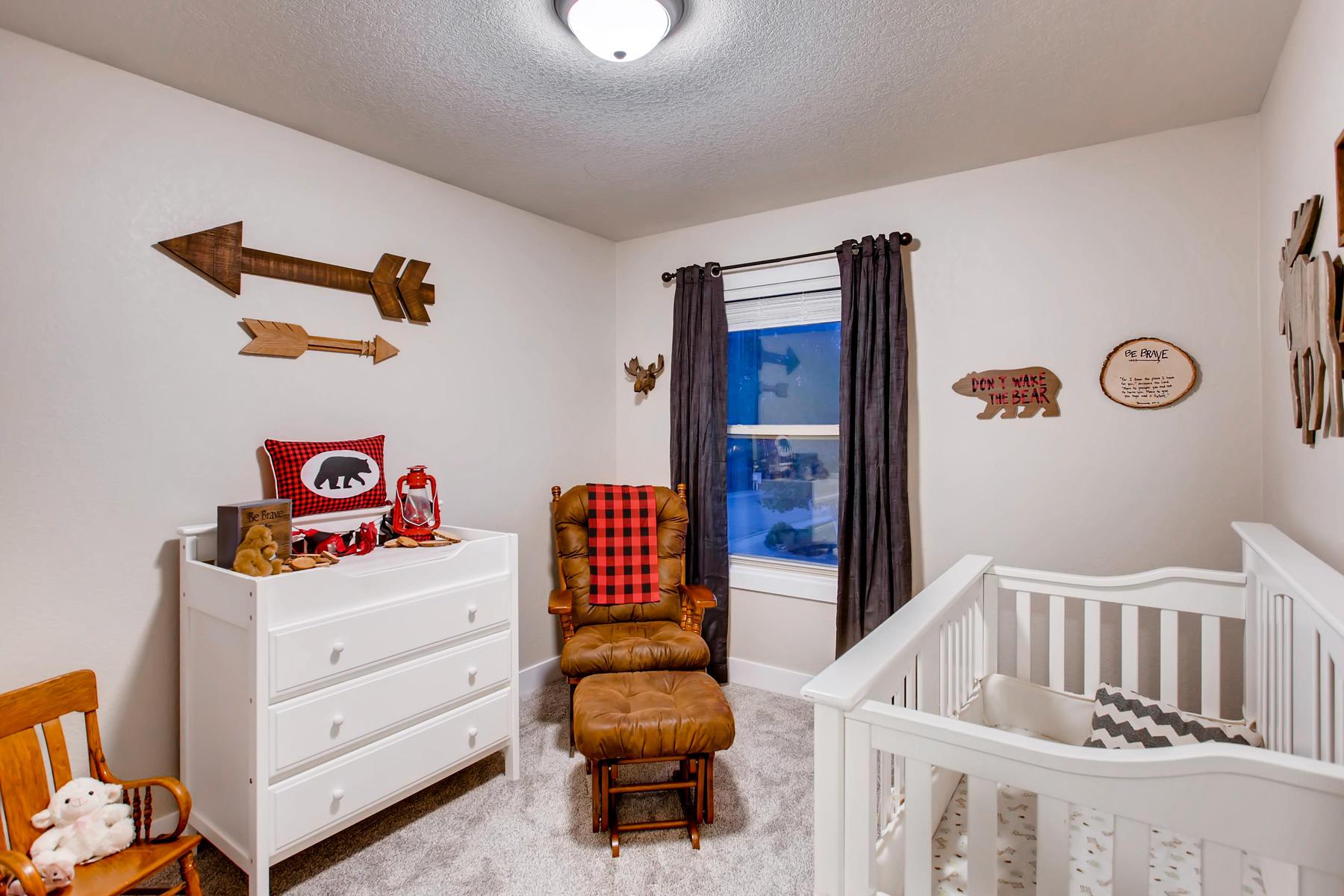 1737 Oxford Dr Loveland CO-027-31-2nd Floor Bedroom-MLS_Size.jpg