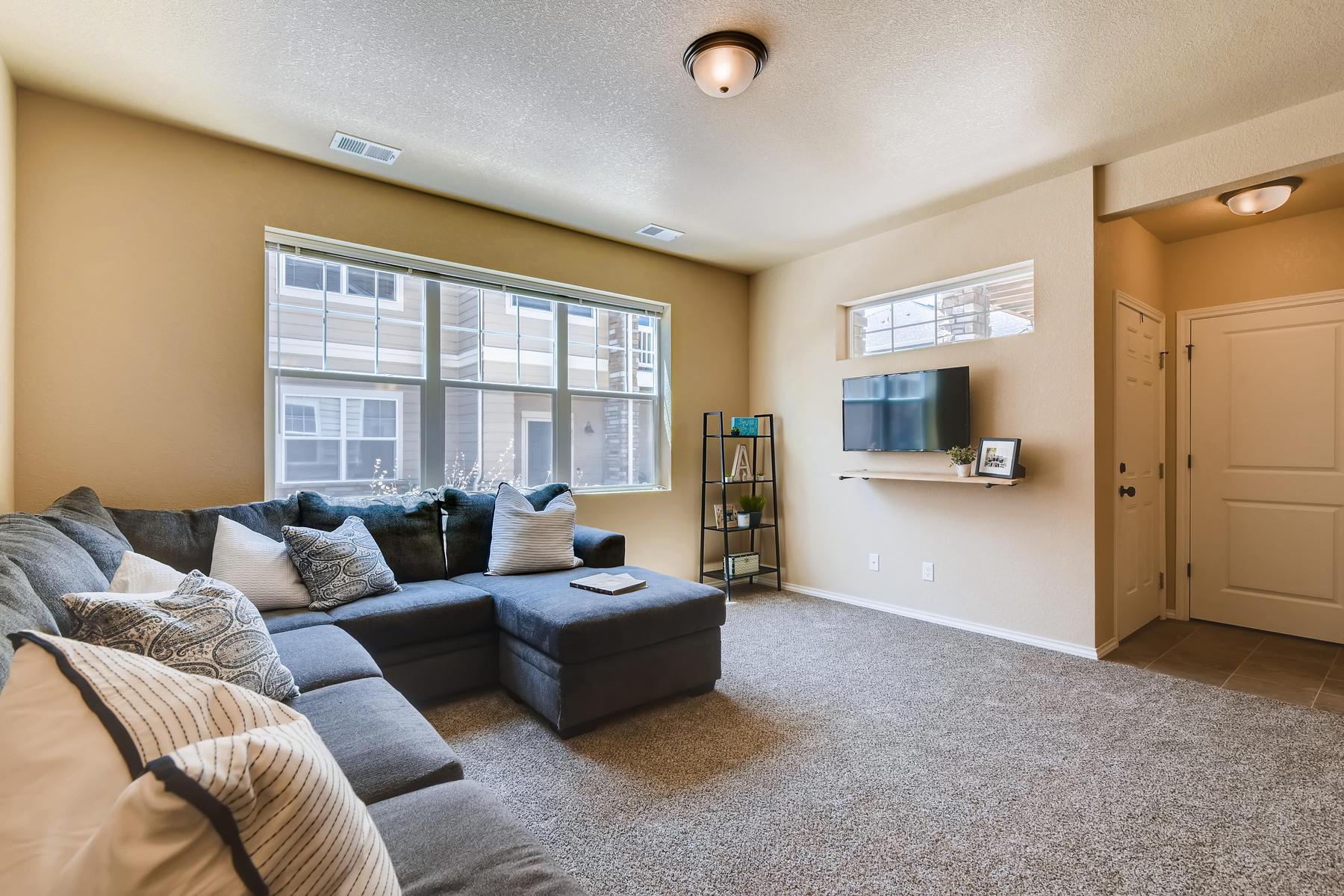 6915 W 3rd St Unit D1414-010-008-Living Room-MLS_Size.jpg