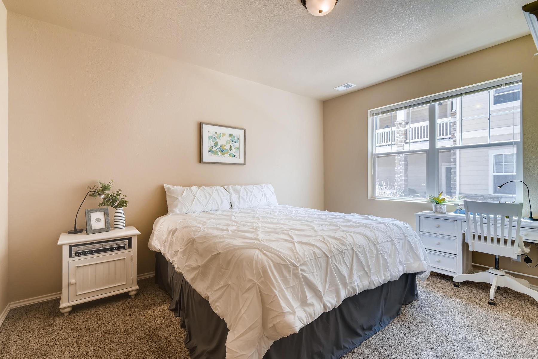 6915 W 3rd St Unit D1414-014-021-Master Bedroom-MLS_Size.jpg