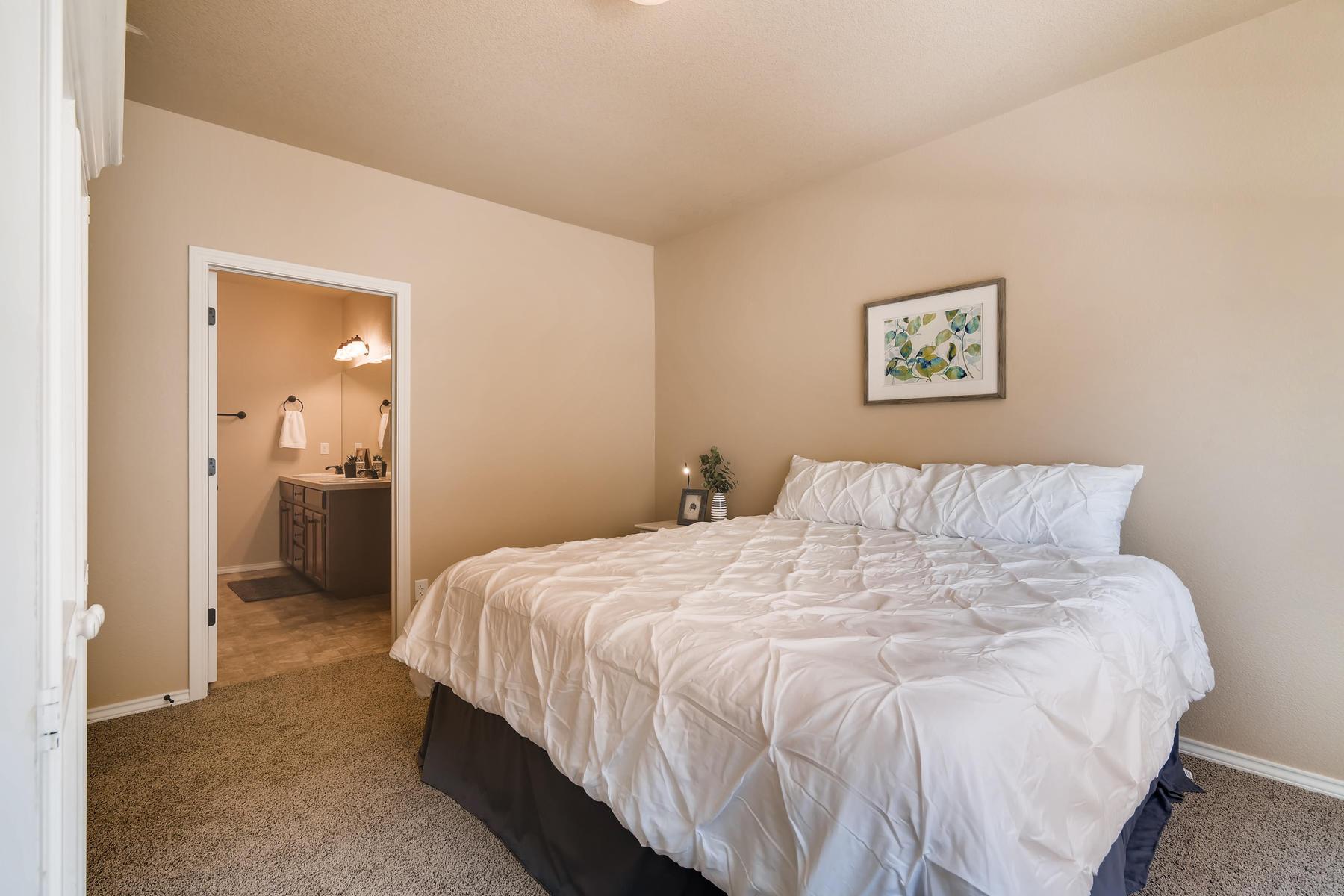 6915 W 3rd St Unit D1414-015-020-Master Bedroom-MLS_Size.jpg