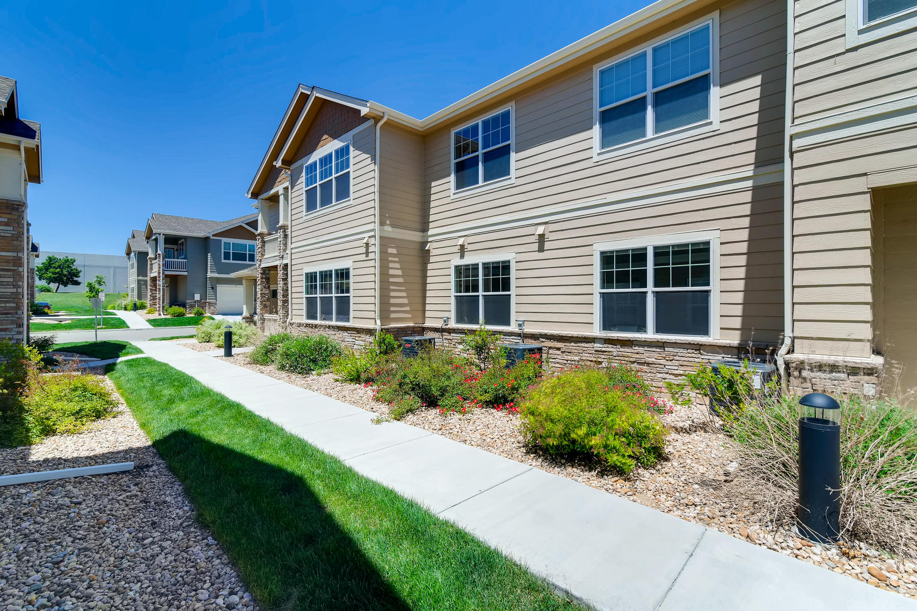 6915 W 3rd St Unit D1414-032-029-Exterior Side-MLS_Size.jpg