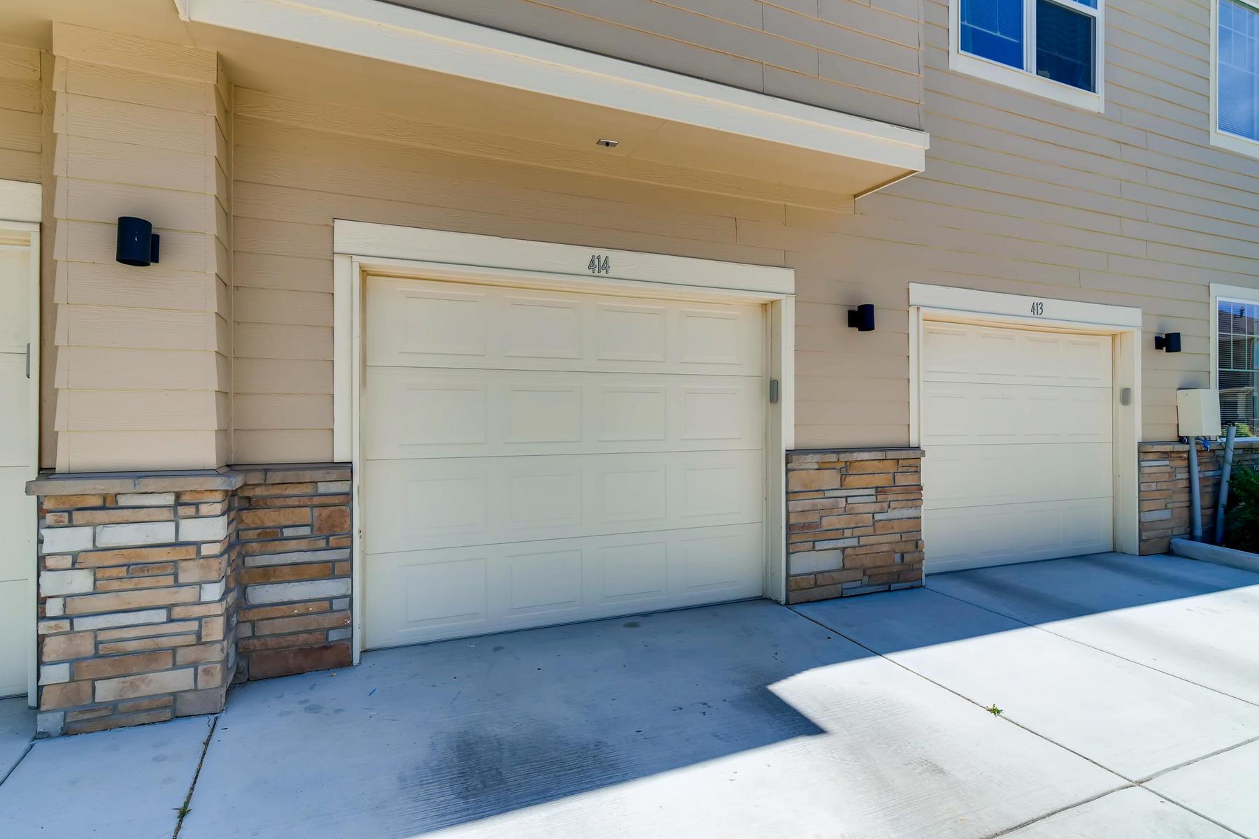 6915 W 3rd St Unit D1414-033-030-Garage-MLS_Size.jpg