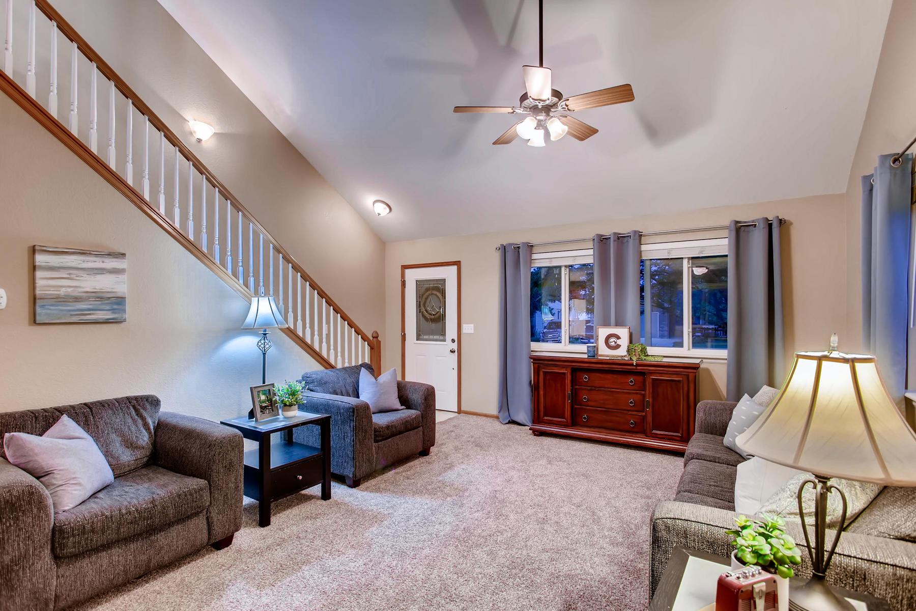 863 Eagle Dr Loveland CO 80537-005-018-Living Room-MLS_Size.jpg