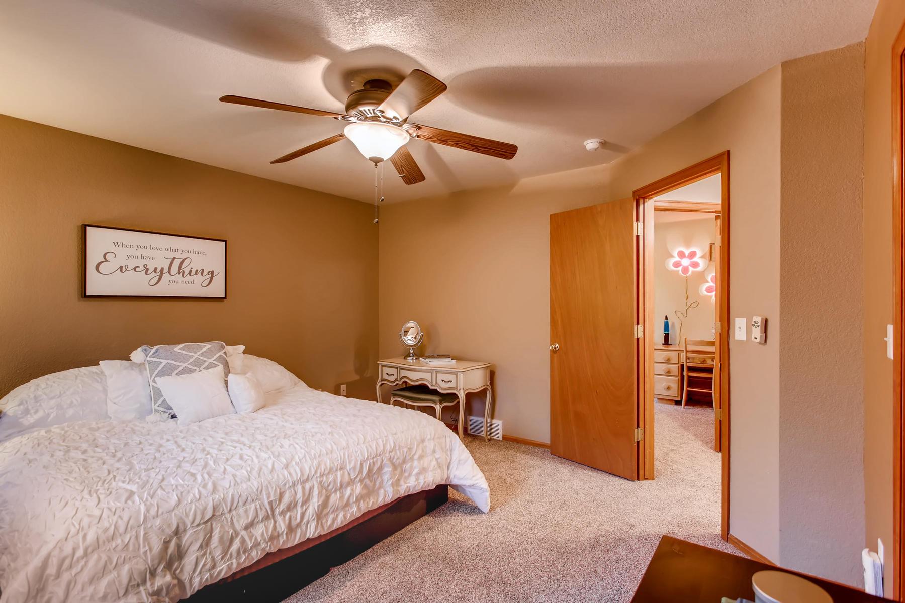 863 Eagle Dr Loveland CO 80537-018-044-2nd Floor Master Bedroom-MLS_Size.jpg