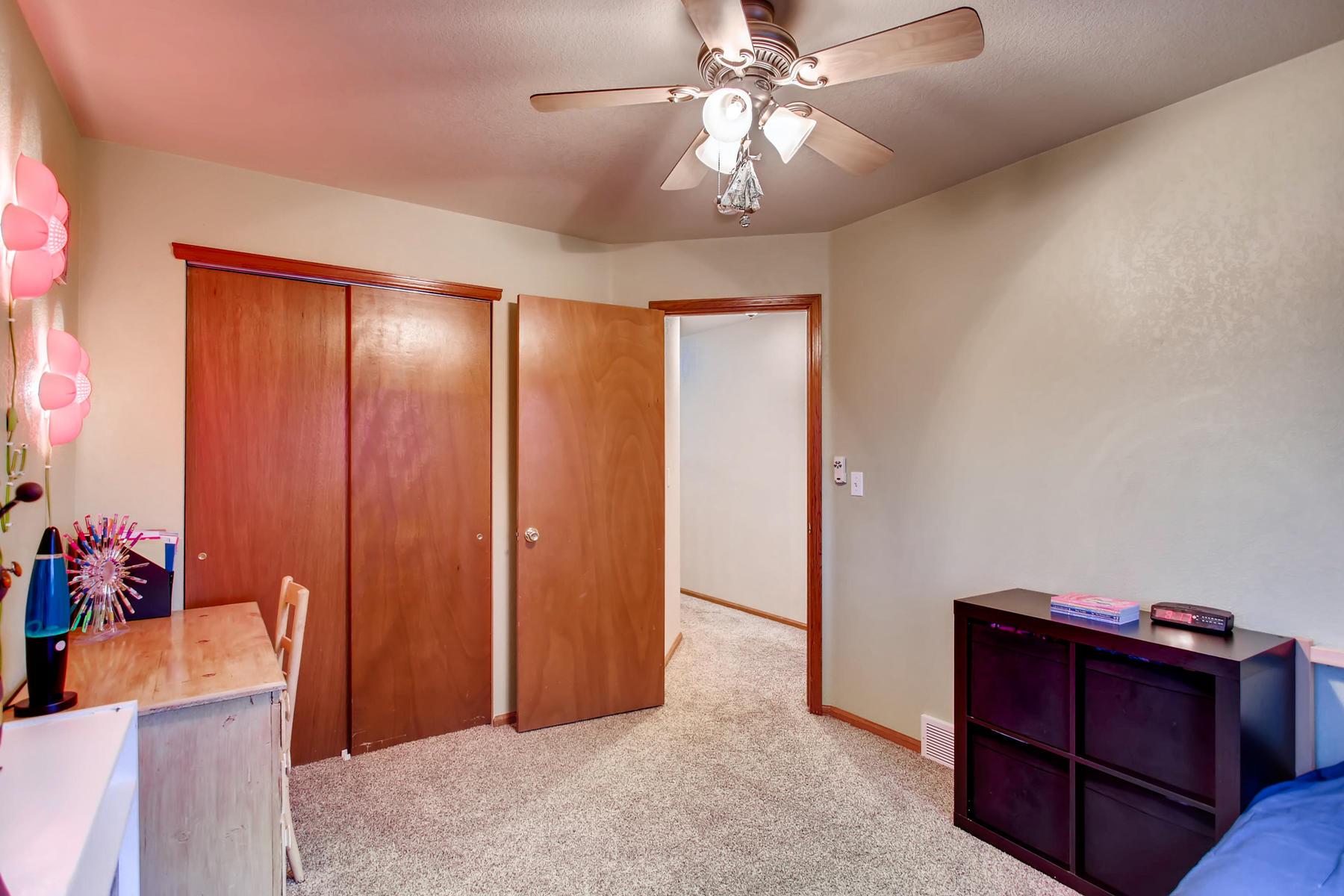 863 Eagle Dr Loveland CO 80537-028-053-2nd Floor Bedroom-MLS_Size.jpg