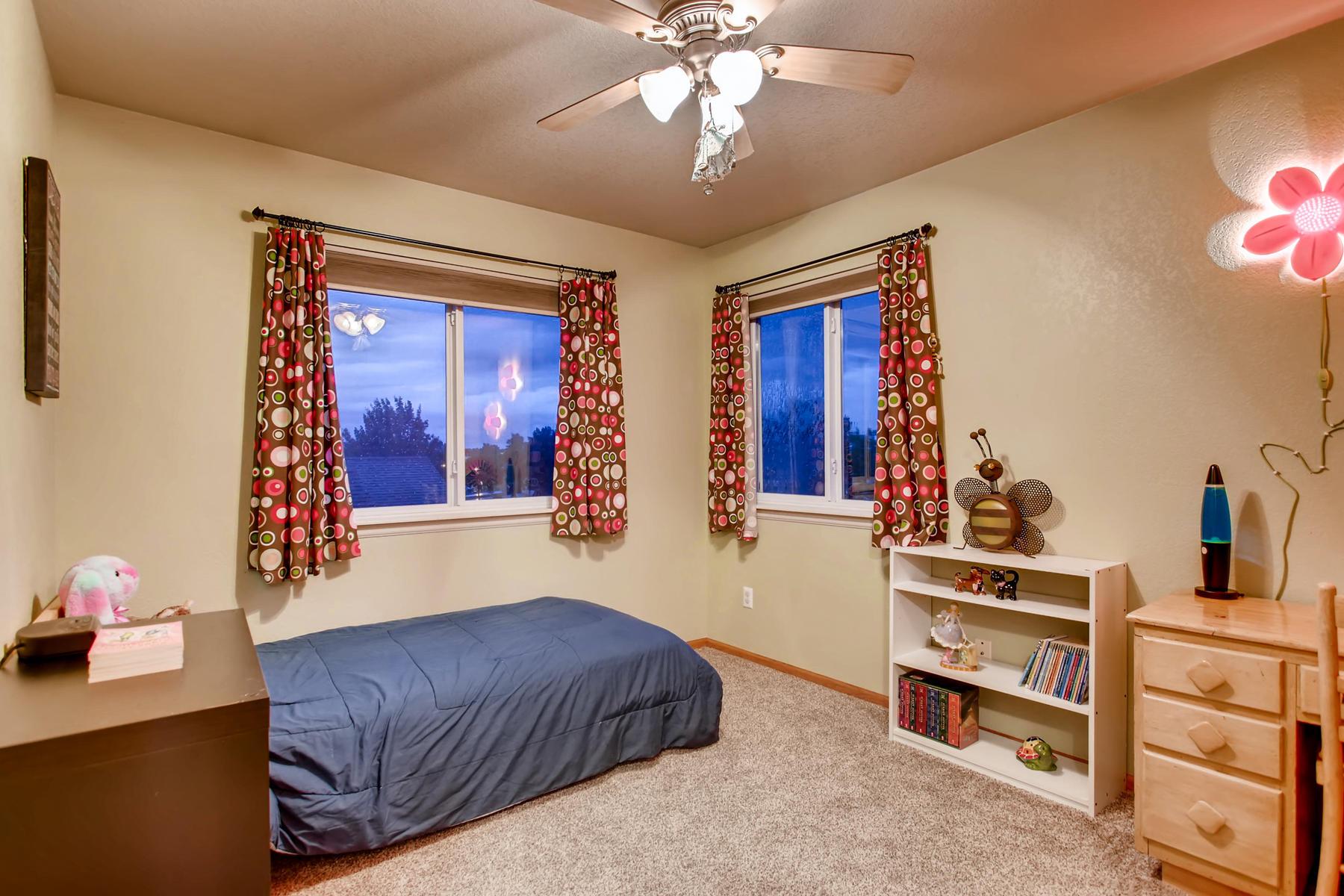863 Eagle Dr Loveland CO 80537-030-055-2nd Floor Bedroom-MLS_Size.jpg