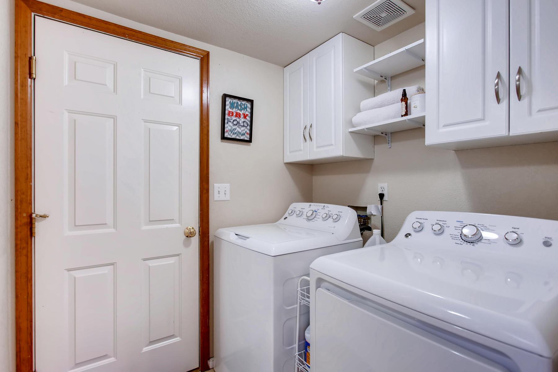 863 Eagle Dr Loveland CO 80537-036-028-Laundry Room-MLS_Size.jpg