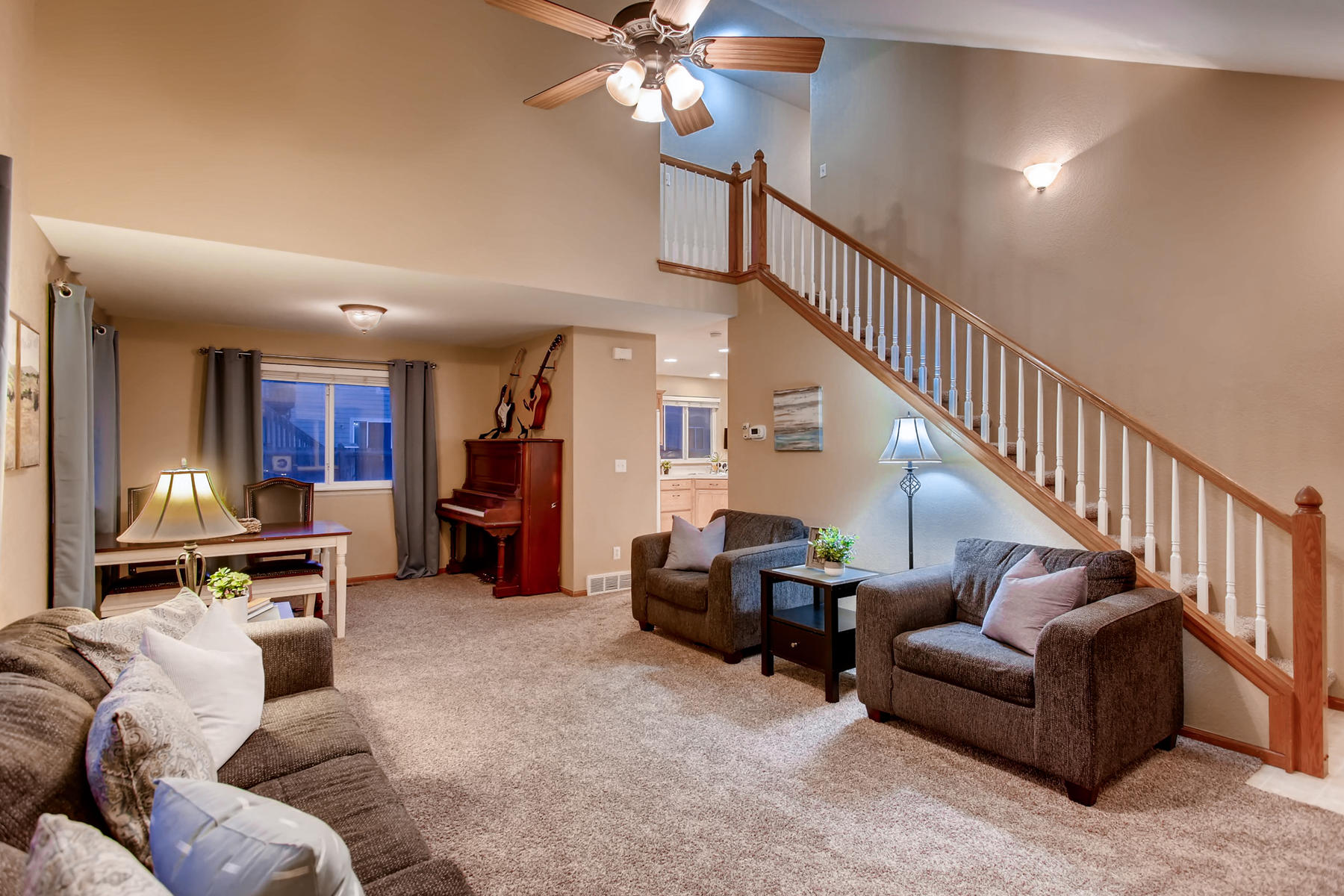 Vaulted Ceilings & Great Layout