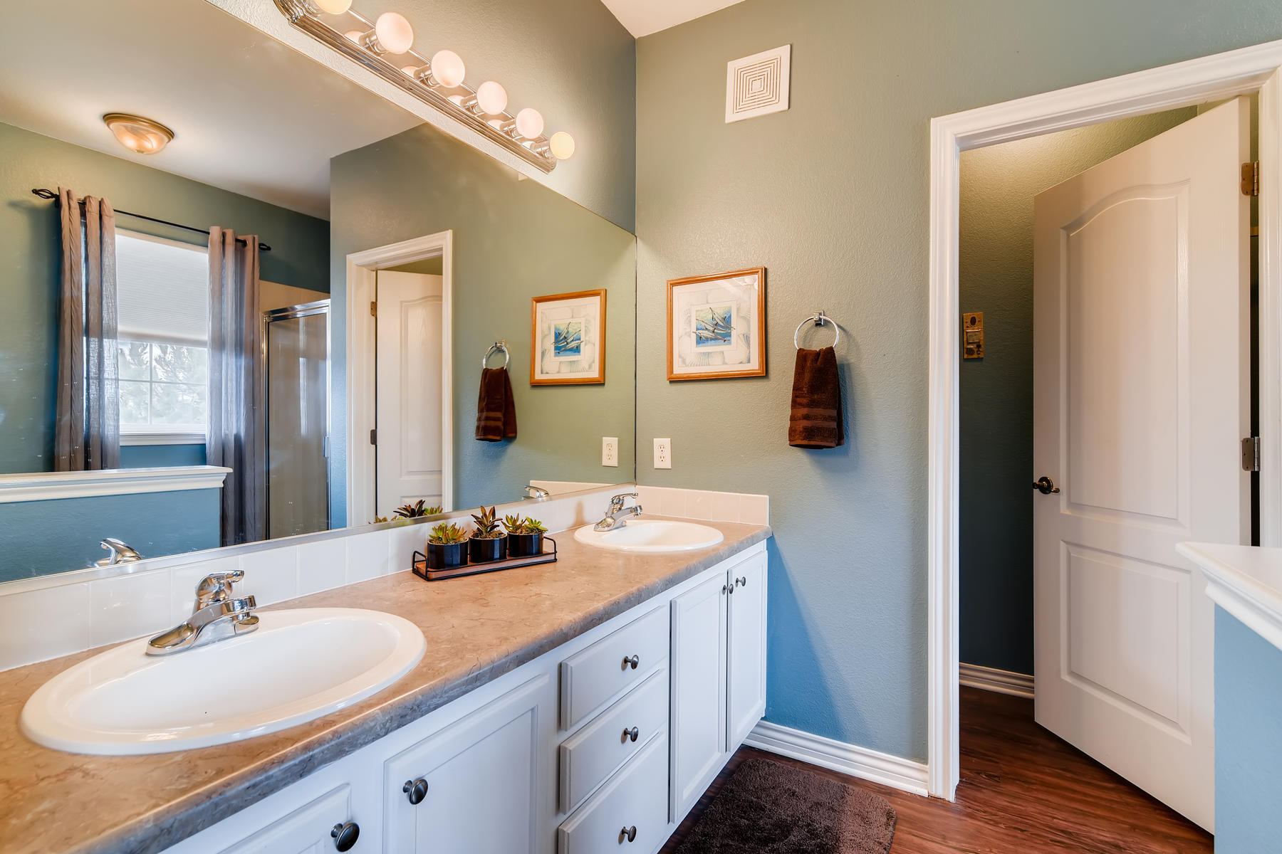4672 W 20th Street Rd 2525-018-023-Master Bathroom-MLS_Size.jpg