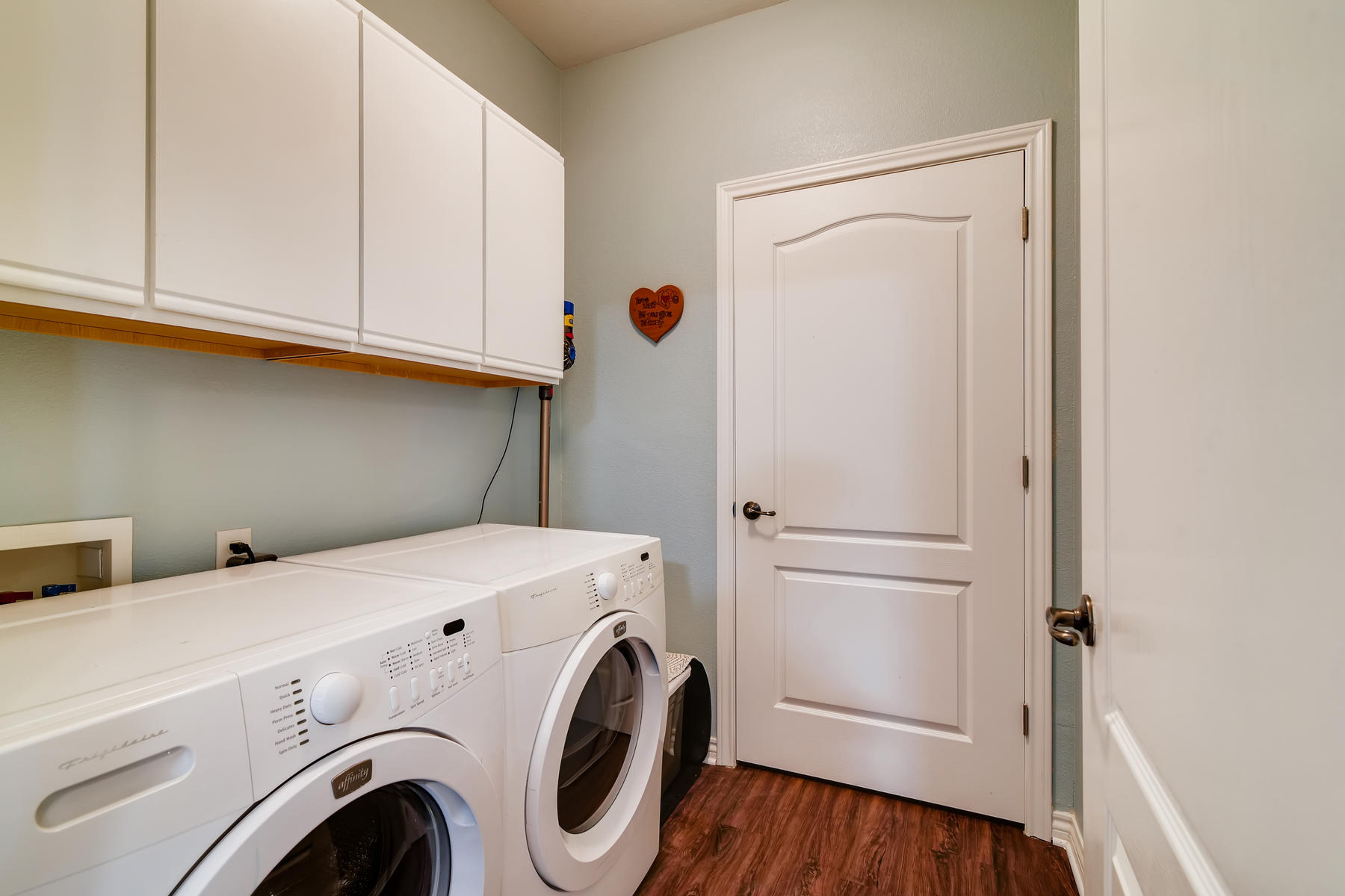 4672 W 20th Street Rd 2525-024-024-Laundry Room-MLS_Size.jpg