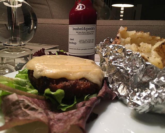 A perfect pairing. @bushelandpecks beet ketchup meet the @beyondmeat burger. 💥