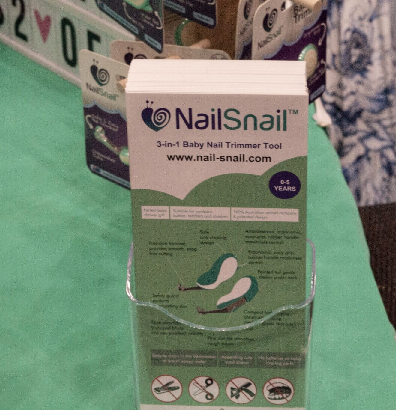 Nail Snail Display Stand