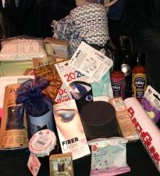 Golden Globe Swag Bag - The Nail Snail