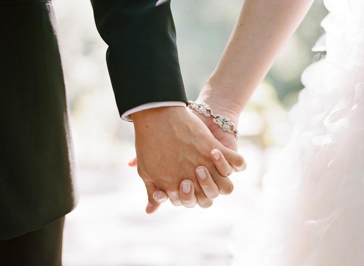Wedding bridal nails