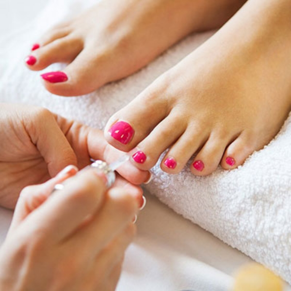 1526939211-polished-pedicure.jpg