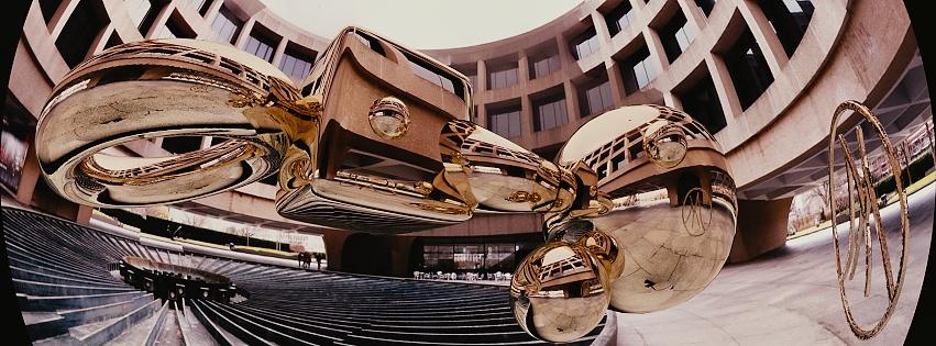 Hirshhorn-with-spheres_Snapseed.jpg