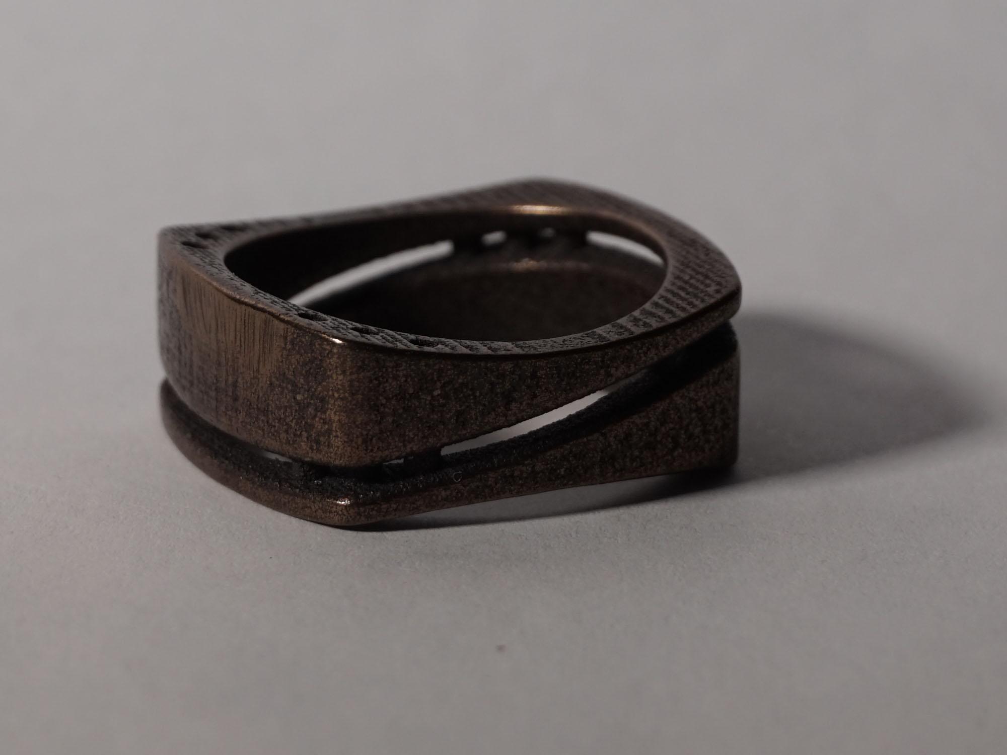 side-cut-ring-bronzesteel-flat.jpg