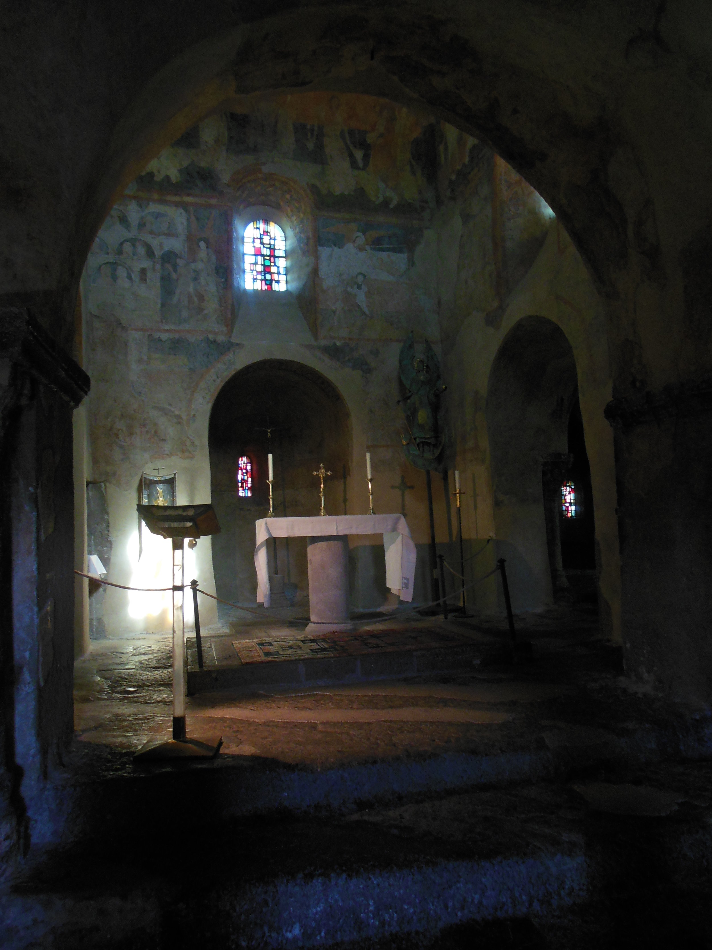 Inside Saint Michel d'Aiguilhe, Camino de Santiago, © Anabel Roque Rodriguez