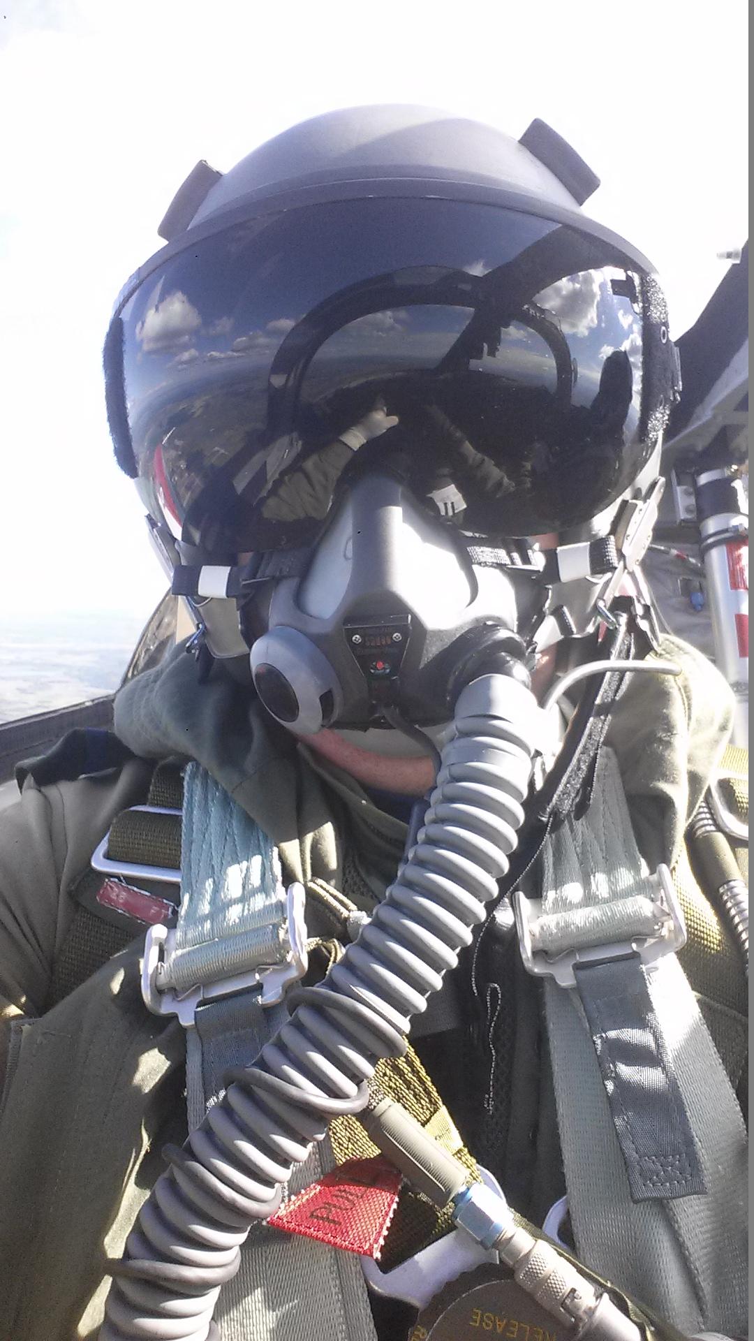Tutor flying in Cold Lake, 2015