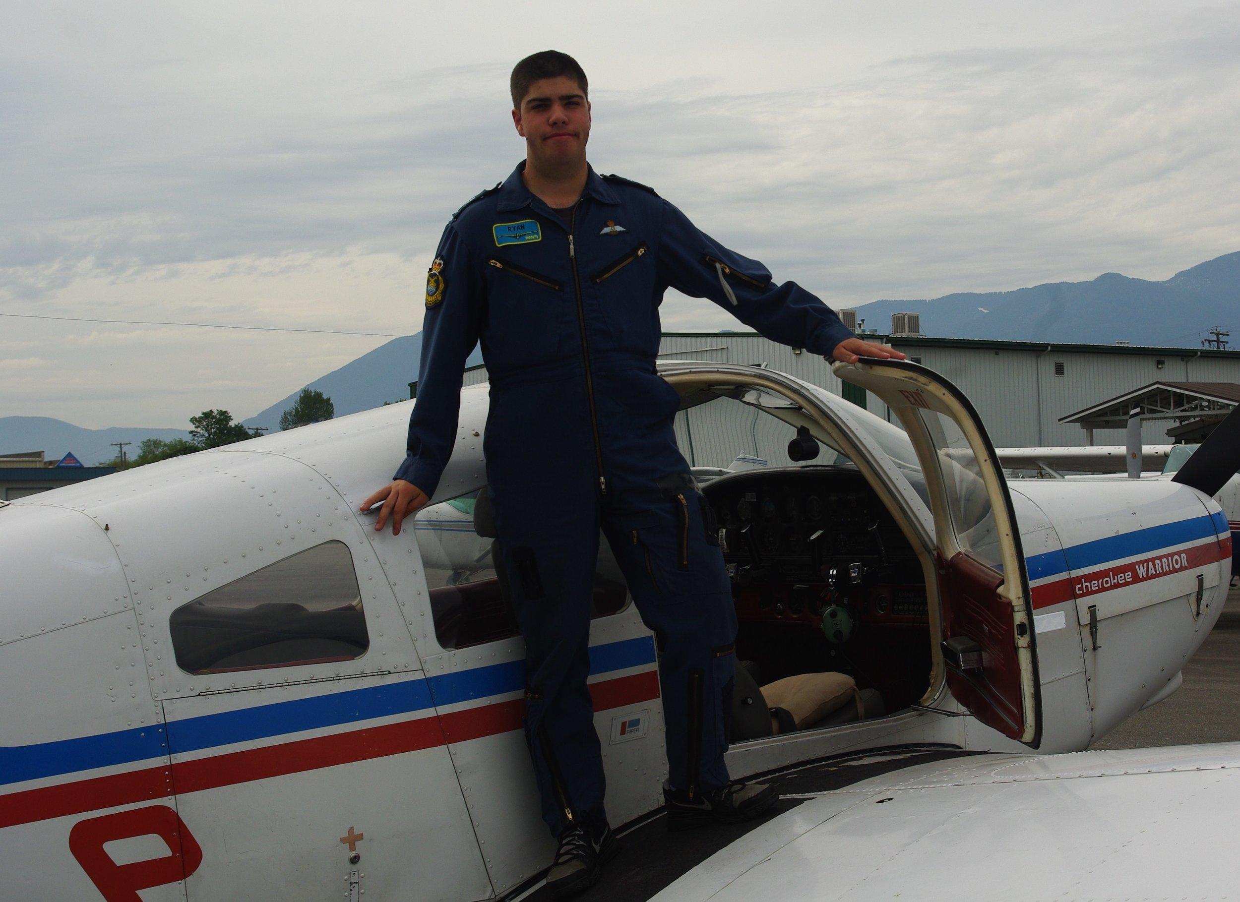 PA28 Piper warrior, Fam Flying 2010.JPG