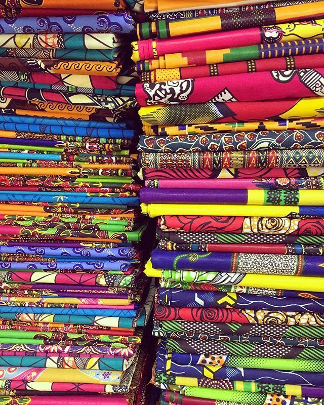 New Ebad Fabrics African Prints #ebad #fabrics #ebadfabrics #fabric #nyc #newyork #garmentdistrict #fashion #fashionblogger #designer #design #new #dress #summer #fabricstore #beautiful #stunning #fashionista #lace #summerdress #cotton #african #print #africandress #africandesign #color