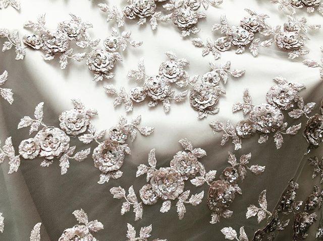 New Ebad Fabrics Rose Gold Lace #ebad #fabrics #ebadfabrics #fabric #nyc #newyork #garmentdistrict #fashion #fashionblogger #designer #design #new #dress #bridal #summer #floral #fabricstore #beautiful #stunning #fashionista #lace #weddingdress #wedding #bridal #rose #gold #flower #luxury #floral #beaded #rosegold