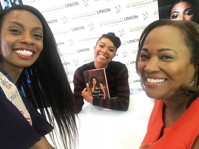 Sign and shop with @gabunion and my mama @zfactor1201 at @nyandcompany. Can't wait to read my copy of #WereGoingToNeedMoreWine