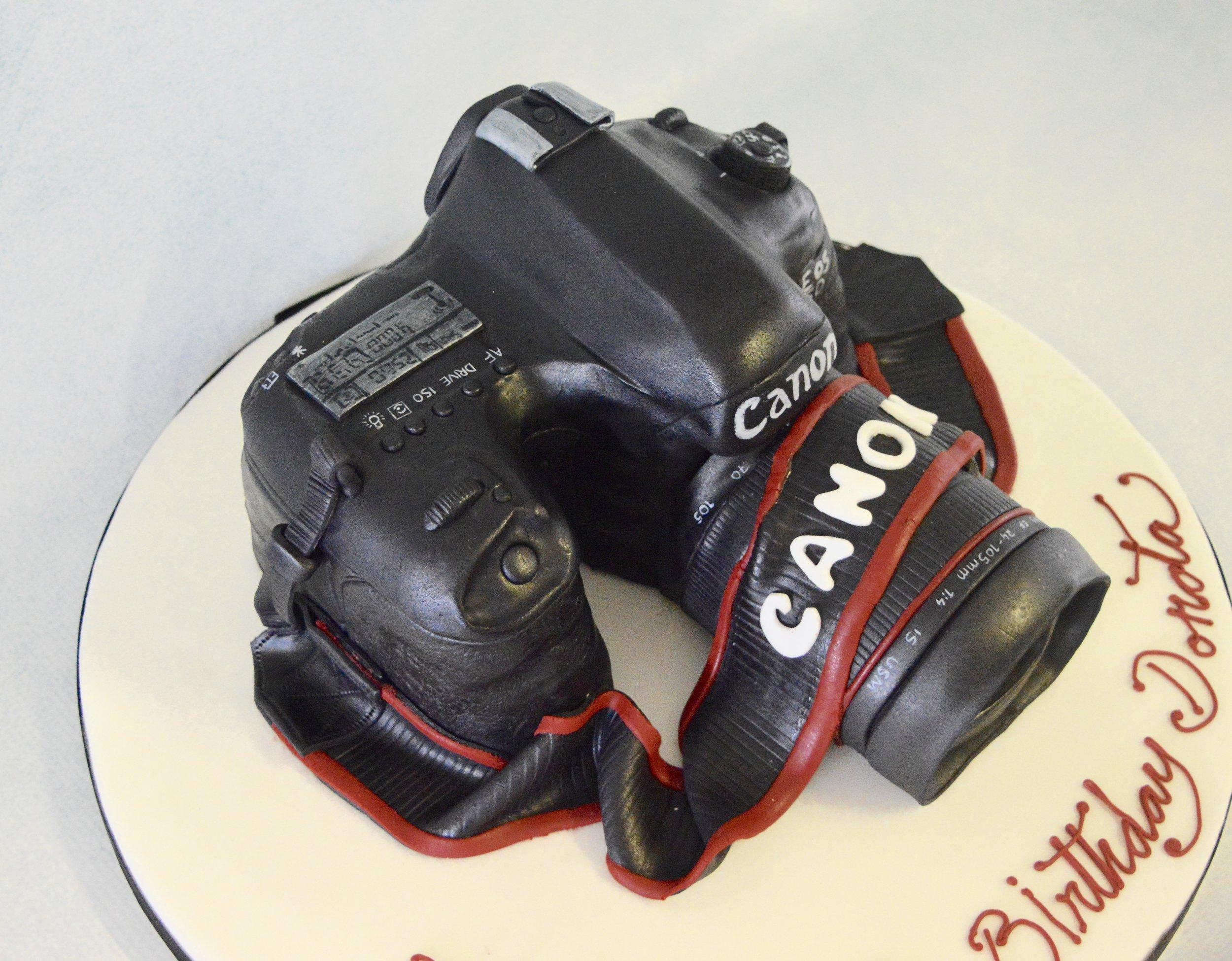 Sculptured cake london, birthday cake, wedding cake, custom cake, bespoke cake, london cake,