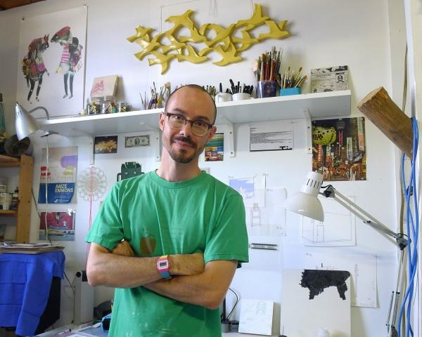 Amze Emmons in his Philadelphia studio. Photo credit: Amze Emmons