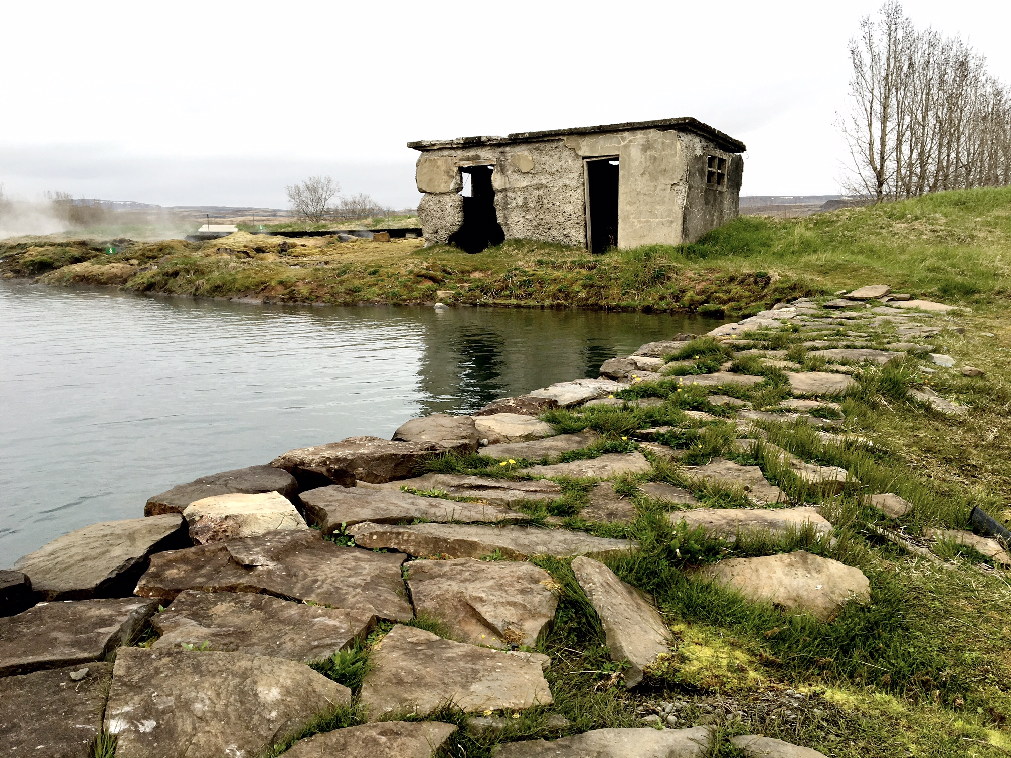 thE OLD POOL HOUSE AT GAMLA LAUGIN