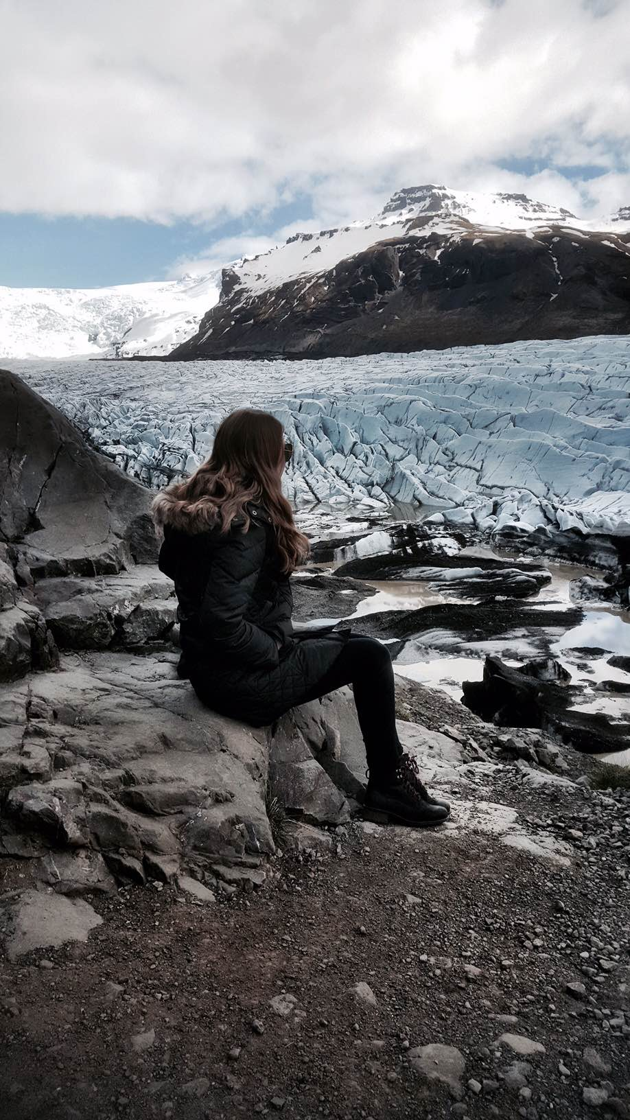 Sapphire & Elm Co-Founder, Carly, at Svínfellsfjökull Glacier