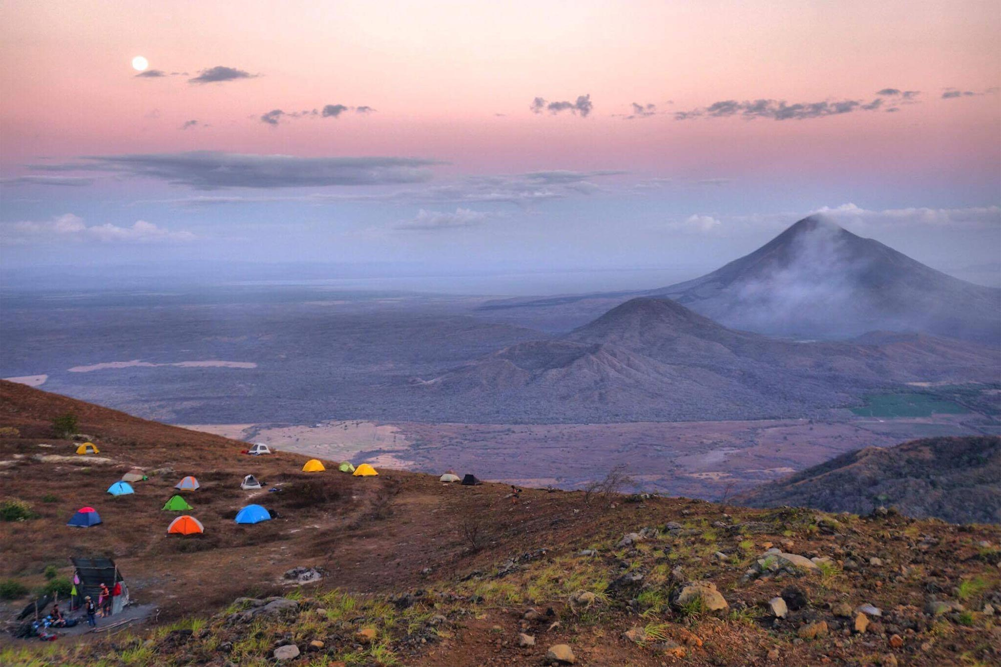 moon rise while hiking El Hoyo volcano in Nicaragua